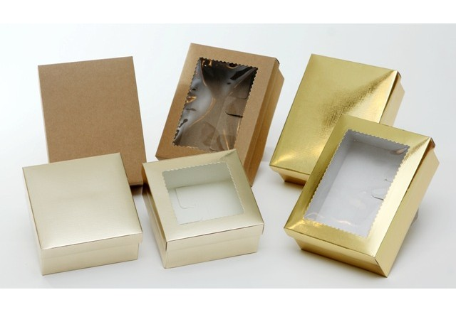Folded paper box with /without window 11/11/6 or 11/15/5.5 cm